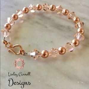 Jewelry - SOLD! Rose Gold Swarovski Pearl Bracelet